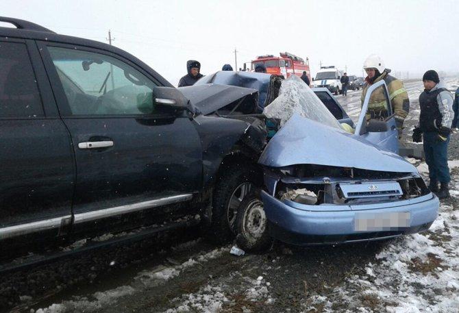 Три человека из ВАЗа погибли в ДТП на трассе в Башкирии (3)