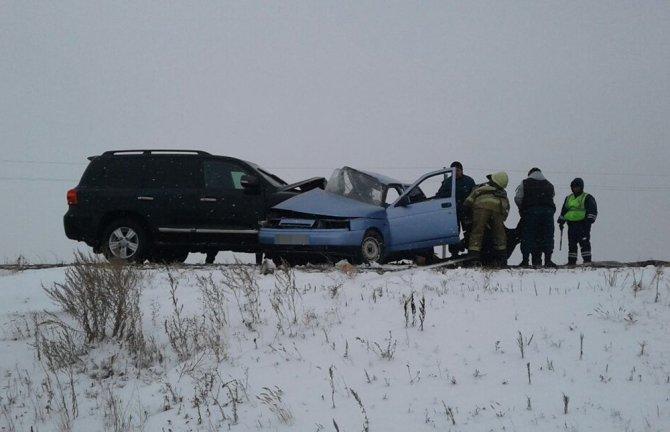 Три человека из ВАЗа погибли в ДТП на трассе в Башкирии (2)
