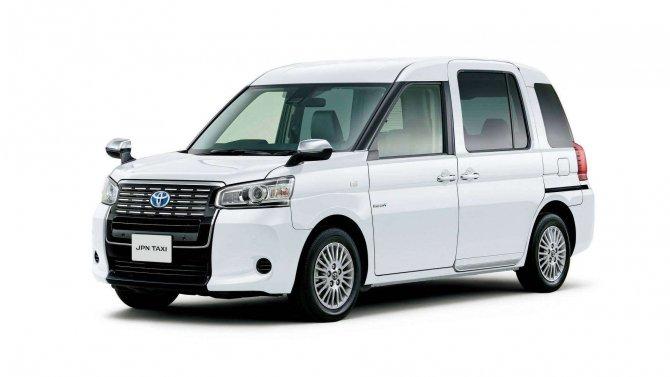 Toyota  JPN Taxi (8)