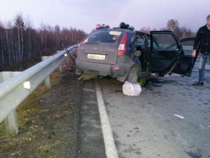 Два человека погибли на трассе Аромашево – Вагай (2)