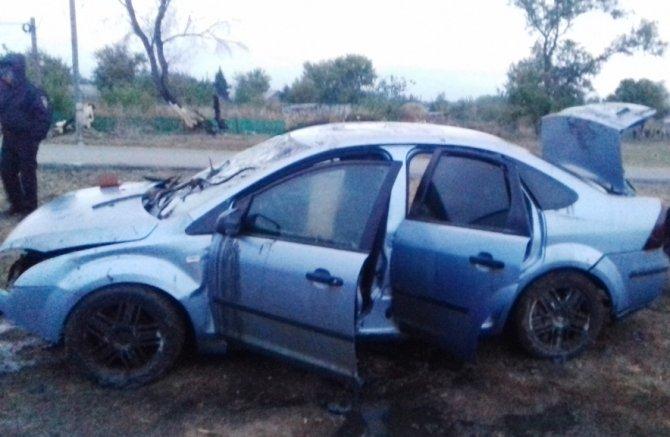 В Новосергиевском районе Ford утонул в яме – погибли два молодых человека (1).jpg