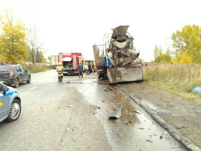 В Казани в ДТП погиб водитель бетономешалки (1).jpg