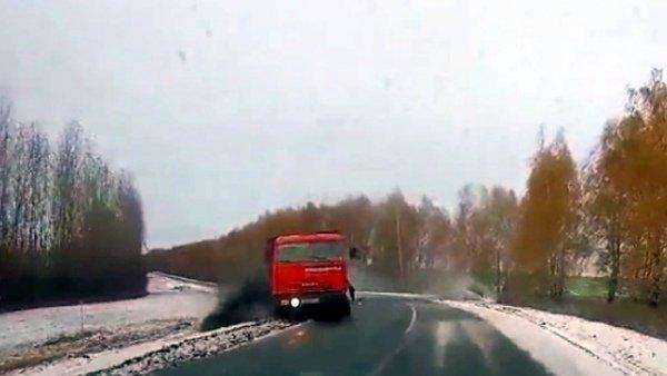 Пять человек пострадали в ДТП с КамАЗом в Курской области (2)