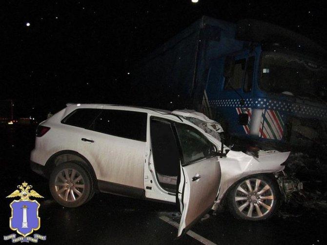 Два человека погибли в ДТП с грузовиком в Ульяновской области