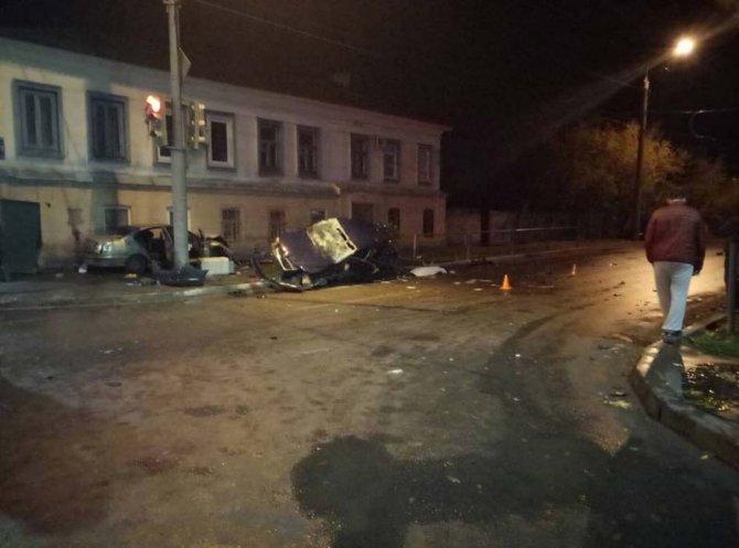 В ночном ДТП в Оренбурге погибла 25-летняя девушка (2)