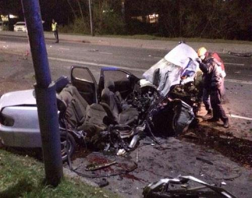 Два человека погибли в ночном ДТП с двумя «Тойотами» на Камчатке