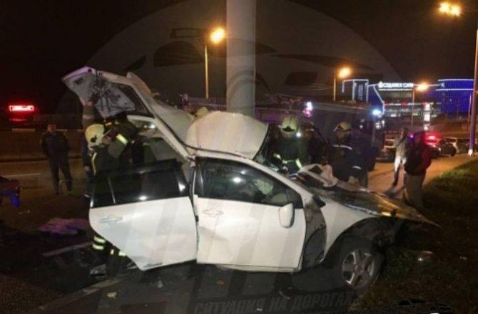 Два человека погибли в ночном ДТП во Владивостоке