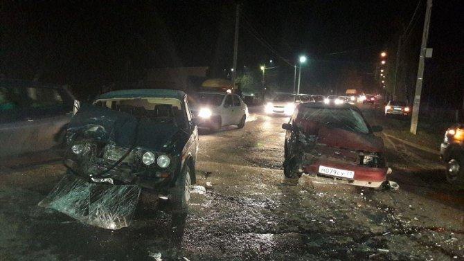 Пять человек, включая младенца, пострадали в ДТП под Тулой