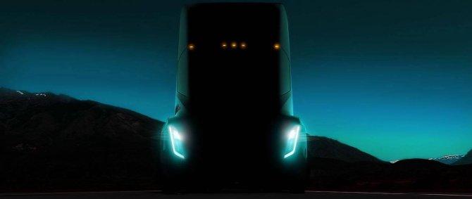 Илон Маск снова перенес презентацию электрического грузовика (2).jpg