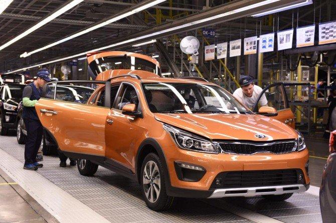 На заводе «Хендэ Мотор Мануфактуринг Рус» («ХММР») в Санкт-Петербурге 16 октября началось серийное производство нового кросс-хэтчбека KIA Rio X-Line