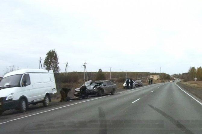 Пассажирка «Лады» погибла в тройном ДТП в Челябинской области (2).jpg