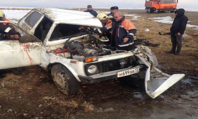 В ДТП в Туве погибли трое взрослых и ребенок (3)