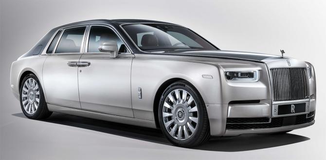 Rolls-Royce Phantom VIII  белый