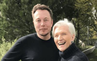 Илон Маск отказался помочь матери приобрести Tesla Model 3