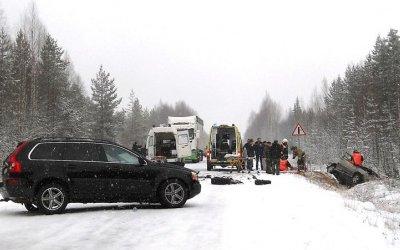 Три человека погибли в лобовом ДТП в Карелии