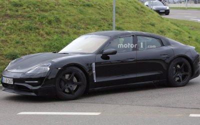 Porsche тестирует на дорогах прототип электрокара Mission E