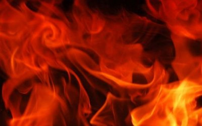 Два человека погибли в загоревшемся автомобиле на Кубани