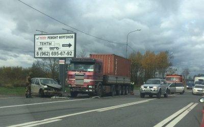Две женщины погибли в ДТП на трассе М-10 в Тосненском районе Ленобласти