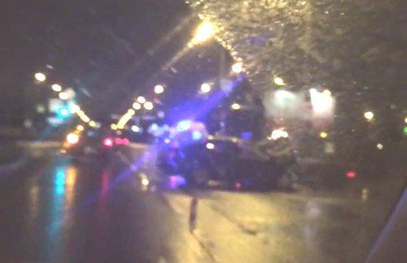 В Петербурге Toyota Camry влетела в грузовик – погиб водитель (2)