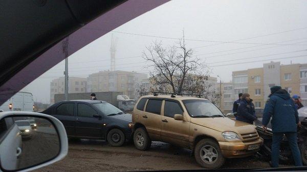 Двое взрослых и ребенок пострадали в ДТП в Волгограде (1)