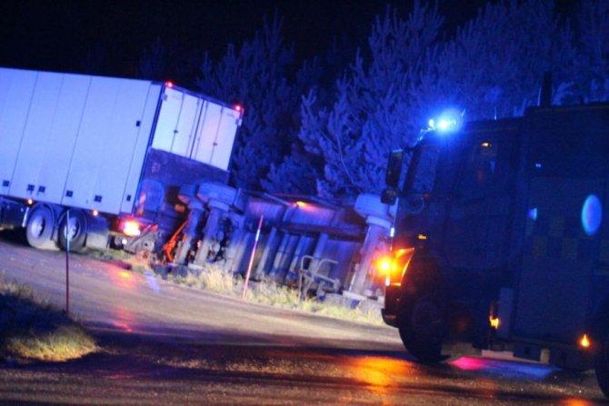 В Шеции перевернулся грузовик с фрикадельками