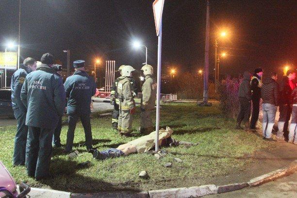 В Туле при столкновении двух автомобилей Volkswagen погиб мужчина (8)