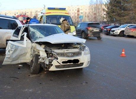 Молодой пассажир «Приоры» погиб в ДТП в Нефтеюганске (1)