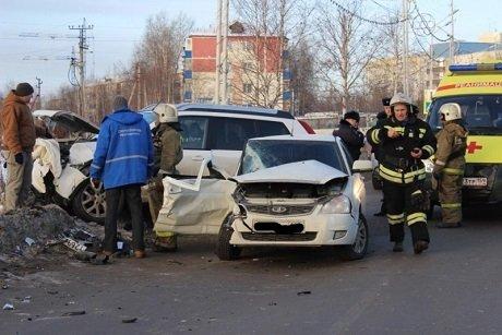 Молодой пассажир «Приоры» погиб в ДТП в Нефтеюганске (2)