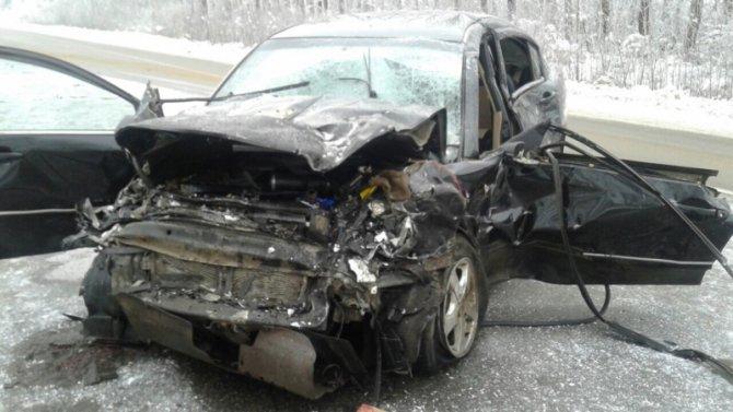 Водитель «Лады» погиб в ДТП в Острогожском районе (1)