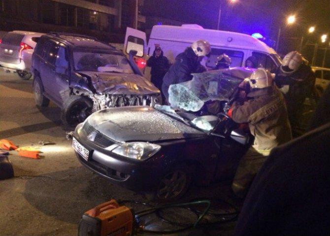 Жещина погибла в ДТП с такси в Уфе (1)