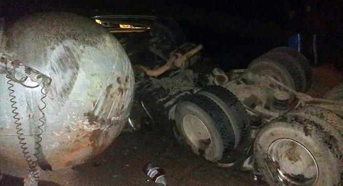 Десять человек, включая младенца, погибли в ДТП на юге Киргизии (5)