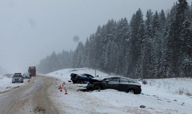 Женщина-водитель иномарки погибла в ДТП в Верховажском районе (4)