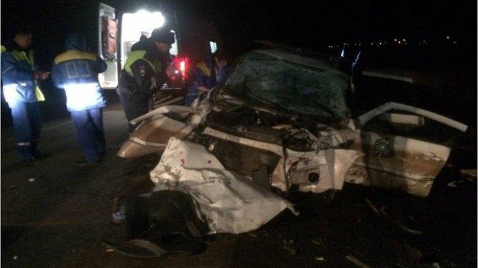В ДТП с двумя машинами в Сакмарском районе погибли два человека