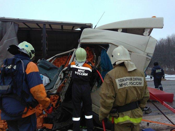 Оба водителя погибли в ДТП на трассе М-7 в Пестречинском районе (2)