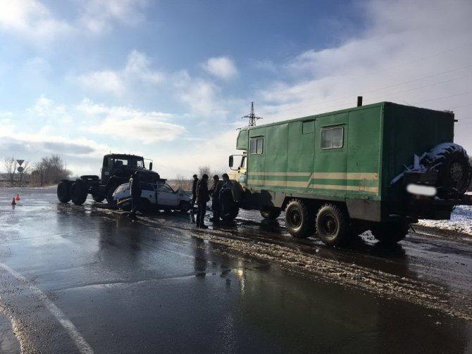 Водитель «Оки» погиб в ДТП на выезде из Оренбурга (2)