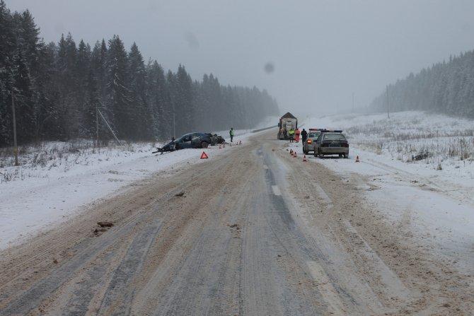 Женщина-водитель иномарки погибла в ДТП в Верховажском районе (3)