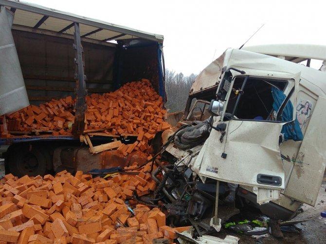 Оба водителя погибли в ДТП на трассе М-7 в Пестречинском районе (5)