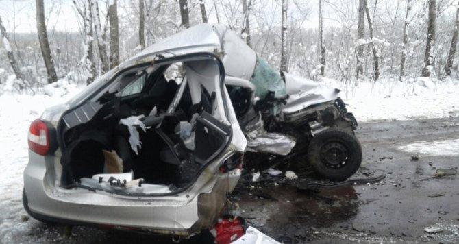 Водитель «Лады» погиб в ДТП в Острогожском районе (3)