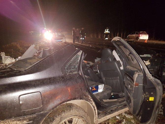 Водитель Volvo погиб в ДТП с КамАЗом под Уфой (2)