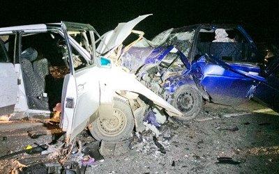Два человека погибли при столкновении двух ВАЗов под Оренбургом