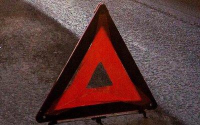 В Самарской области «Приора» врезалась в стелу – погибли двое