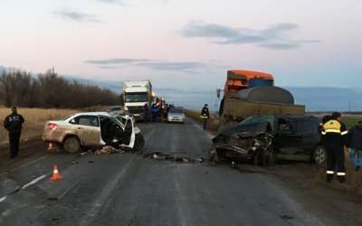 Водитель и пассажир «Лады Гранты» погибли в ДТП в Курманаевском районе