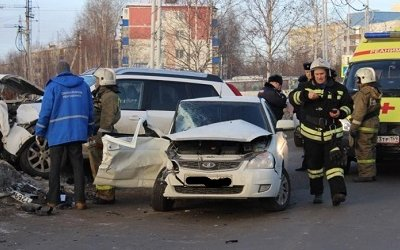 Молодой пассажир «Приоры» погиб в ДТП в Нефтеюганске
