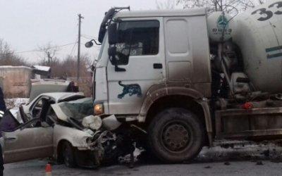 Два человека погибли в ДТП с бетономешалкой в Омске