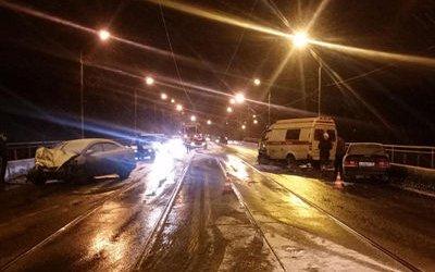 В Новокузнецке в ДТП со «скорой» пострадали пять человек