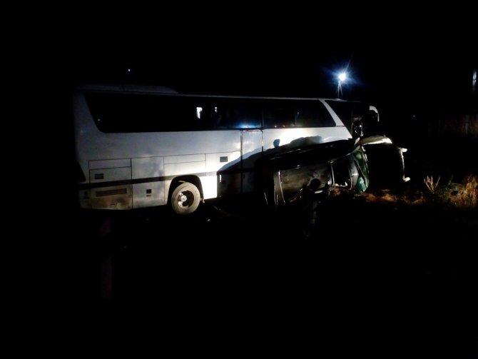 На Кубани в ДТП с автобусом пострадали четыре человека (1)