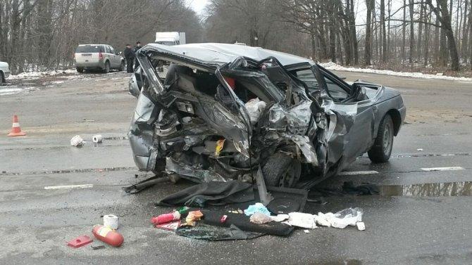 Три человека, включая ребенка, пострадали в ДТП на трассе Липецк-Усмань в Грязинском районе (3)