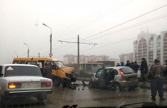 В Волжском произошло смертельное ДТП с маршруткой
