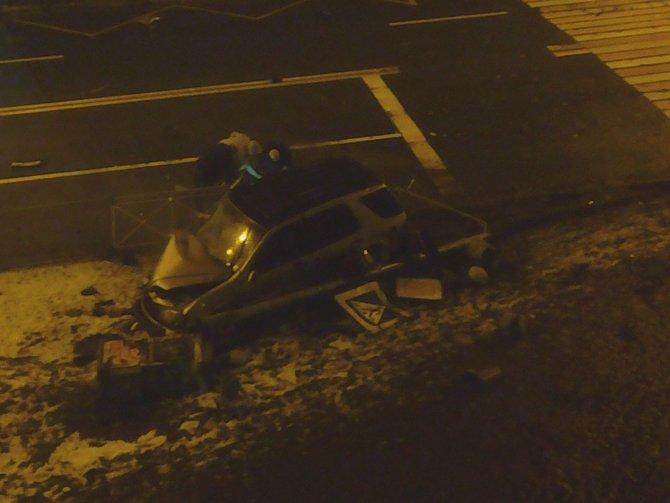 Четыре человека погибли в ДТП в Петербурге (6)