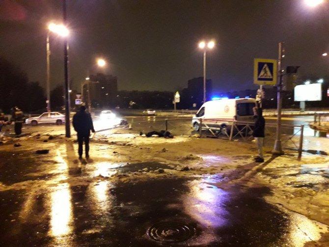 Четыре человека погибли в ДТП в Петербурге (4)